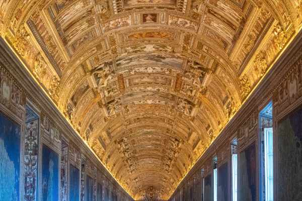 Your expert guide will take you to the most important rooms and artworks of the Vatican from the Round Room and the Hall of the Muses through the Gallery of the Tapestries, Gallery of the Maps and Greek Cross Hall. Visit the picturesque Belvedere and Pinecone Courtyard and the Pio Clementino Museum.